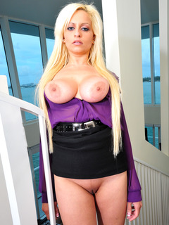 Holly Brooks profile image