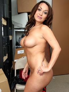 Vanessa Luna profile image