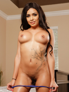 Nude photo of pornstar Aaliyah Hadid