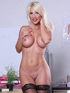 Tiffany Rousso profile image