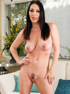 Nude photo of RayVeness