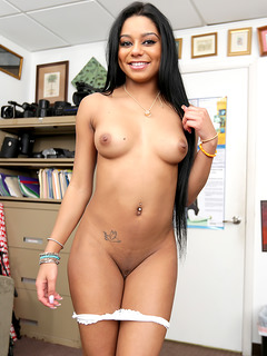 Nude photo of pornstar Aaliyah Grey
